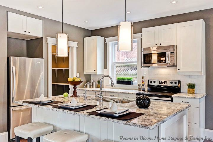 Kitchen Updates tips for kitchen updates on a budget. get the most bling for your