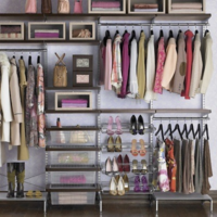 what your homes closet says when you are selling